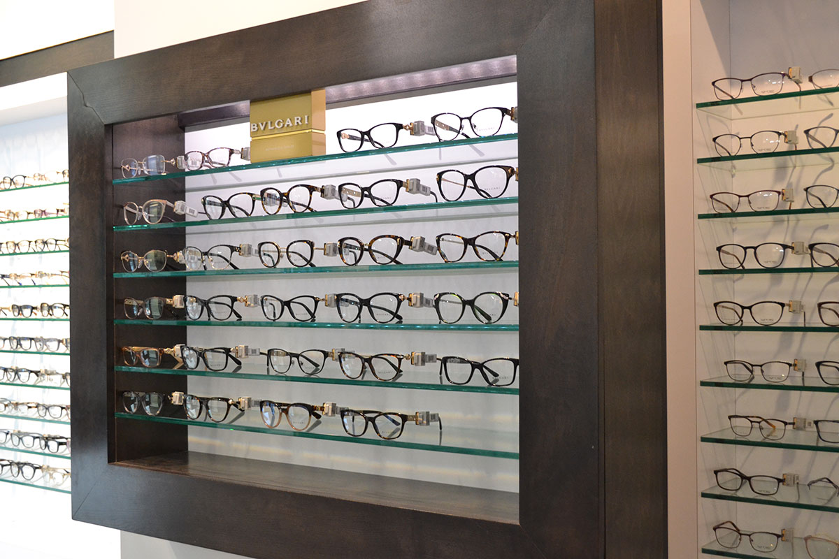 Bvlgari glasses display